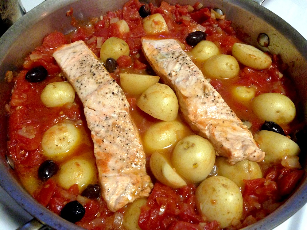 tomato salmon and potatoes in tomato this is another salmon recipe ...